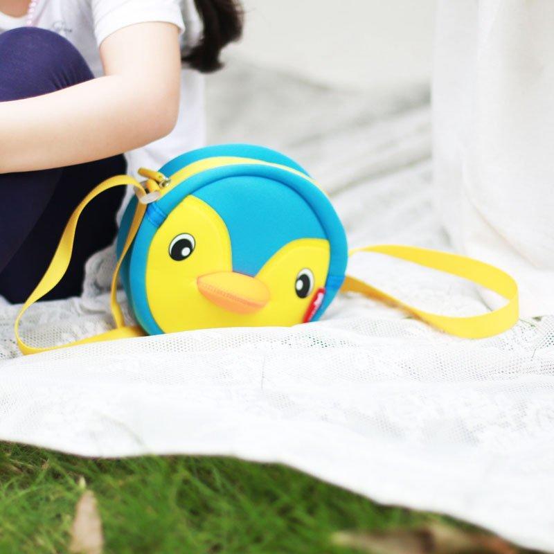 NHK001 Lovely penguin children Mini outdoor Sports Bag Kids Animal Messenger Bag