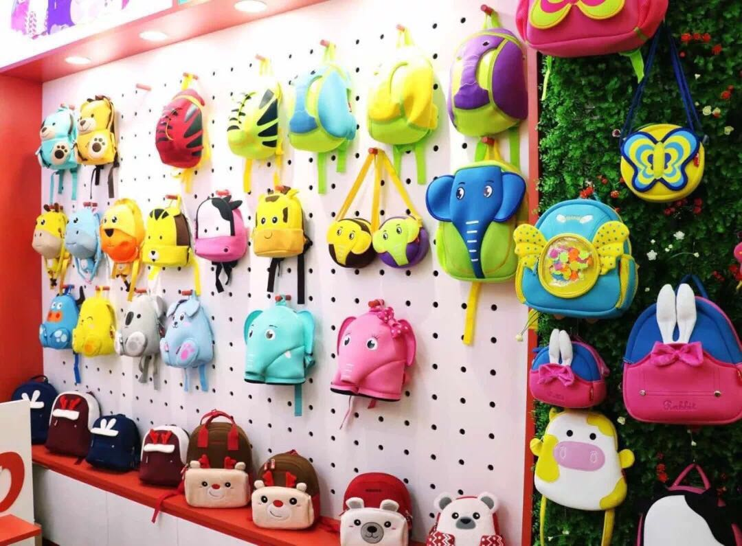 Nohoo Children Products-Vietnams first unique NOHOO backpack franchise store opened-6